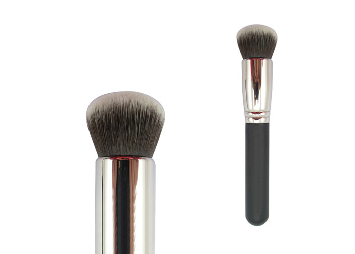 Synthetic Bronzer Makeup Brush Sliver Ferrule Grey And Black Hair