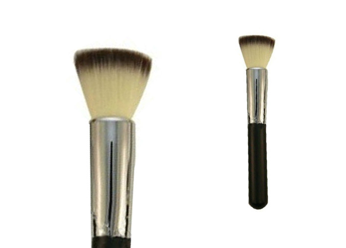 Soft Duo Nylon Hair Wonderful Buffer Makeup Brush With Long Wooden Handle