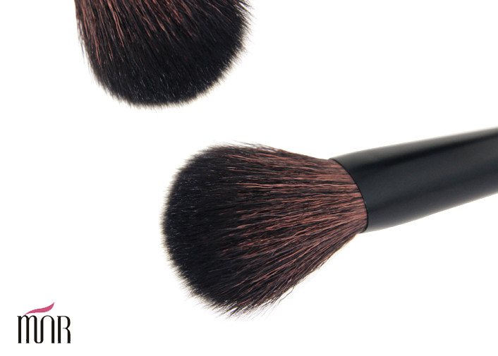 Professional Compact Makeup Tool Blush Brush For Contouring Face